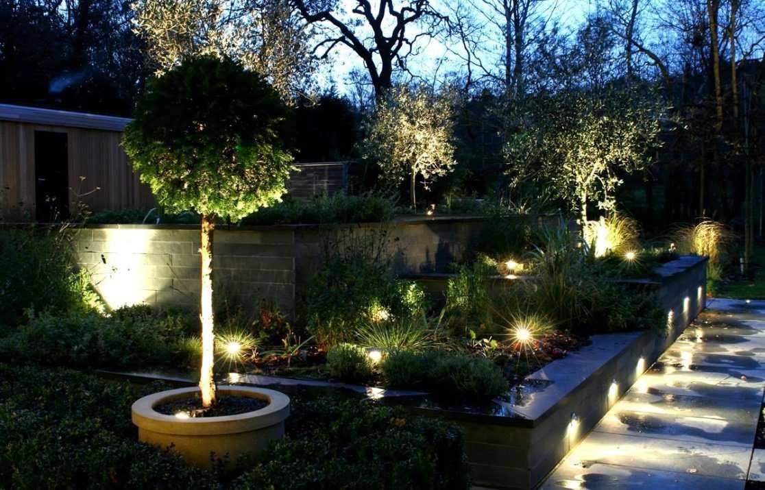 Как обустроить красивый сад?